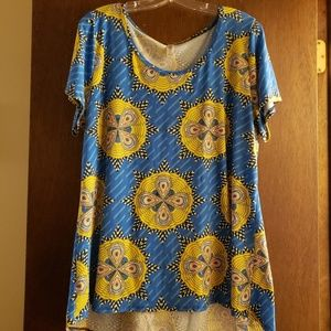 LuLaRoe Long T-shirt with Medallion patter